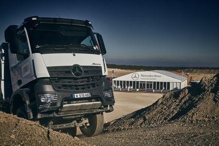 Eventeam Creativ réalisations : Eventeam Creativ organise pour Mercedes Benz Trucks des essais dynamiques